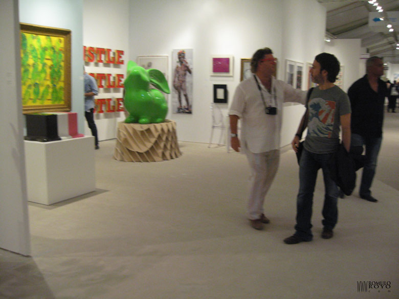 FAIR-ART-MIAMI-Michael-Leshay-y-Romulo-Royo