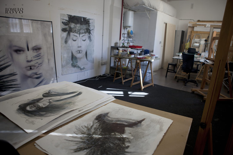 work-in-progress-in-estudio-of-Romulo-Royo-everything-is-ready